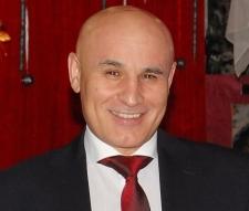 Фото Эмрахов Абумислим Абдуселимович, 56 лет из резюме № 83273 Директор, Москва