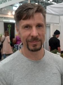 Фото Павлюченко Владимир Владимирович, 43 года из резюме № 82003 Оператор, Севастополь